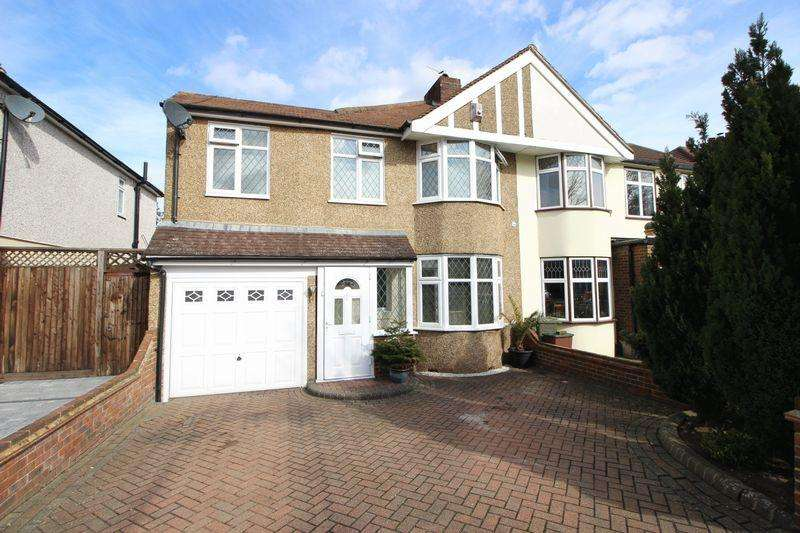 4 Bedrooms Semi Detached House for sale in Gloucester Avenue, Sidcup, DA15 7LL