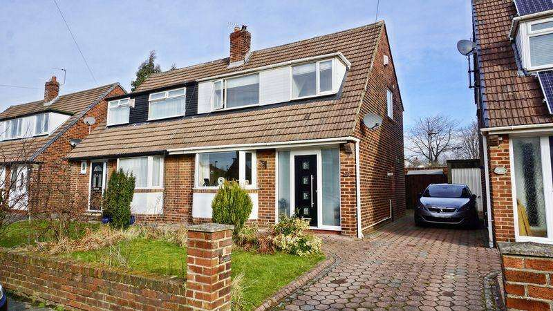 3 Bedrooms Semi Detached House for sale in Chiltern Drive West Moor