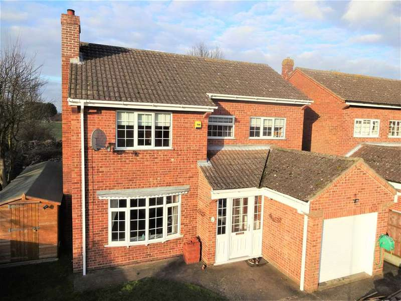 4 Bedrooms Detached House for sale in Wyatt Close, Martin, Nr Lincoln