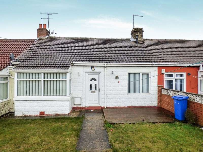 2 Bedrooms Bungalow for sale in Yoden Avenue, Horden, Peterlee, Durham, SR8 4PS