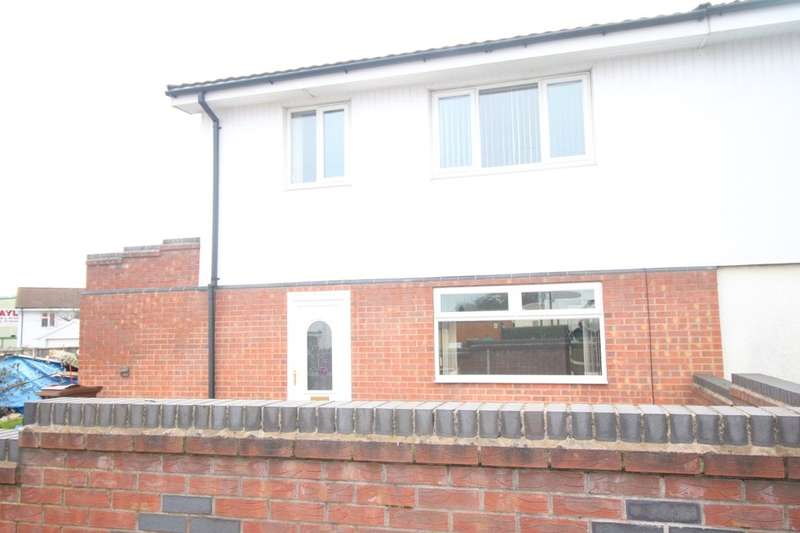 3 Bedrooms Semi Detached House for rent in Staverton Road, Nottingham, NG8