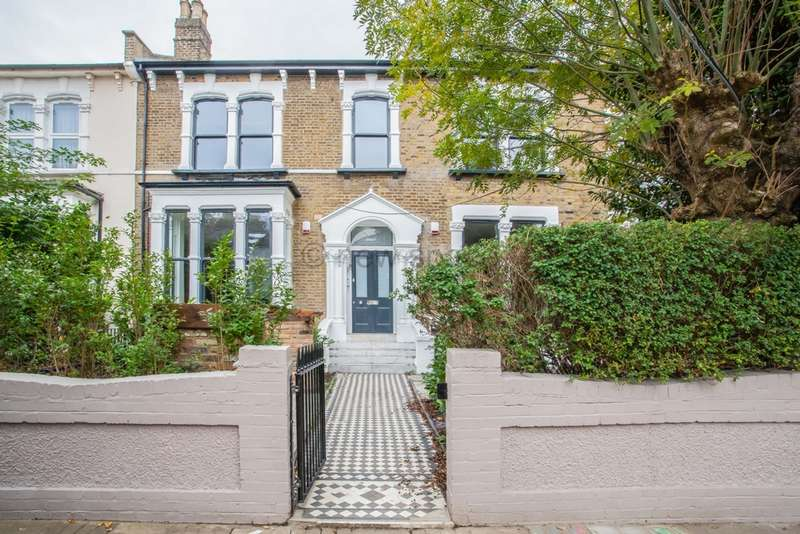 3 Bedrooms Property for rent in Evering Road, Clapton, E5