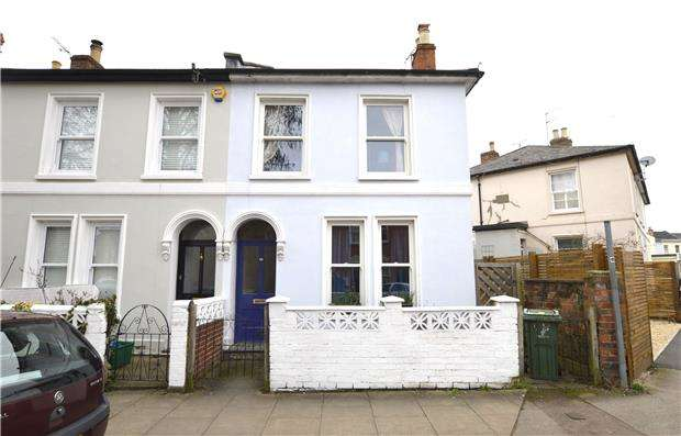 2 Bedrooms Semi Detached House for sale in Courtenay Street, CHELTENHAM, Gloucestershire, GL50 4LR