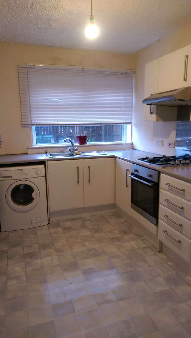 Flat for rent in Elizabethan Way, Renfrew