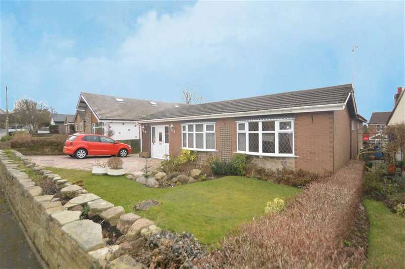 4 Bedrooms Detached House for sale in Roewood Lane, Macclesfield