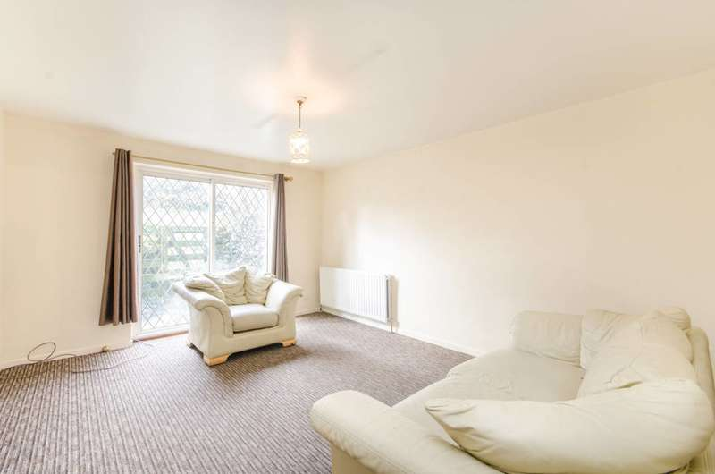 4 Bedrooms Detached House for sale in Burnley Road, Willesden Green, NW10