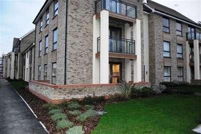 2 Bedrooms Flat for rent in Bulrton Road, Cambridge