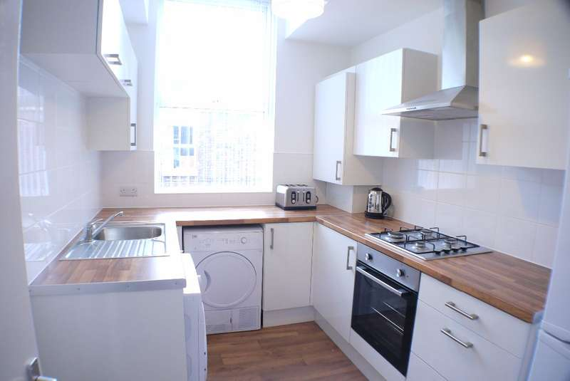 3 Bedrooms Terraced House for rent in Grove Street, Liverpool, L15 8HU