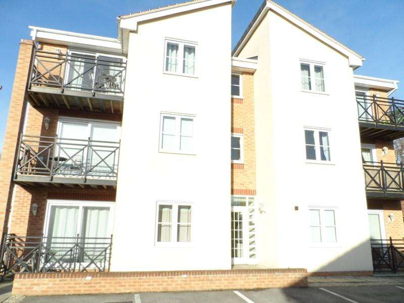 1 Bedroom Apartment Flat for sale in Cherry Tree Walk, Knottingley