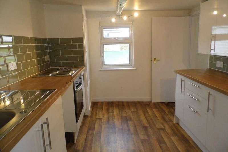 3 Bedrooms Flat for rent in CROSS IN HAND