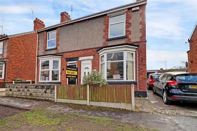 3 Bedrooms Semi Detached House for sale in West Drive, Winsford, Cheshire