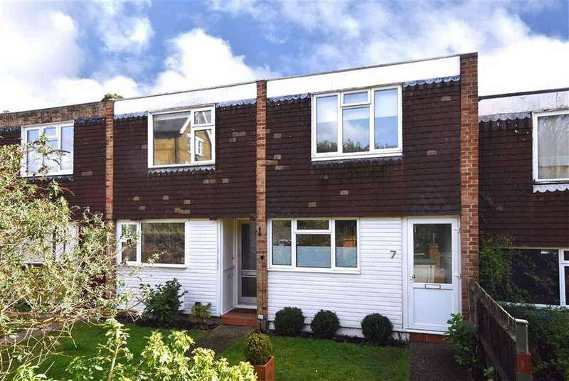 2 Bedrooms Terraced House for sale in Wanstead Road, Bromley, Kent