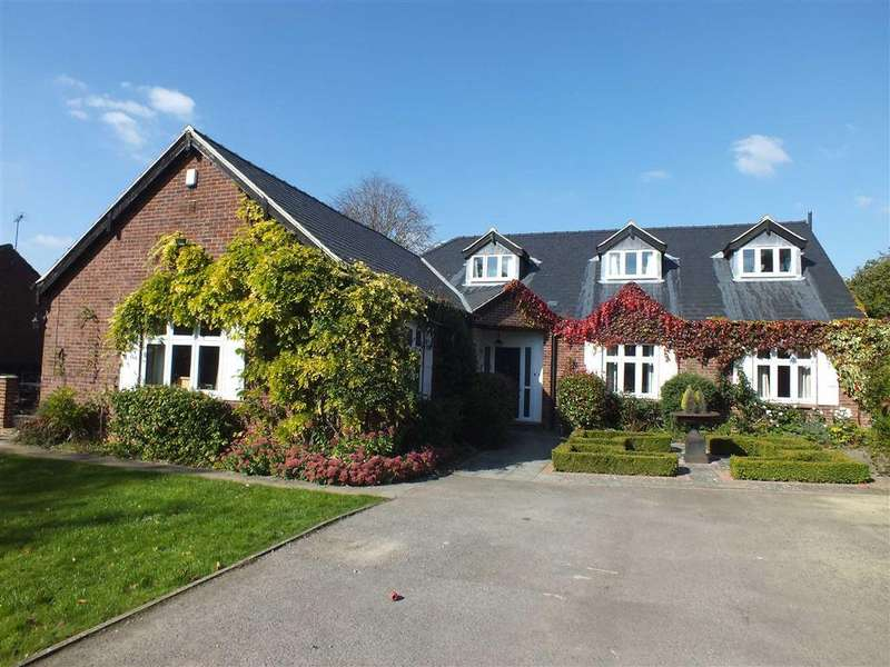 5 Bedrooms Detached House for rent in Walnut Close, Pittville, Cheltenham