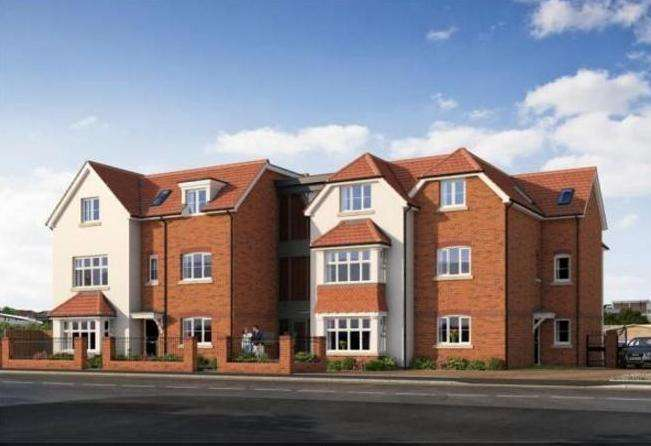 2 Bedrooms Flat for rent in 6 Challis Court, 1a Oaklands Avenue, Romford, Essex, Rm1 4FD