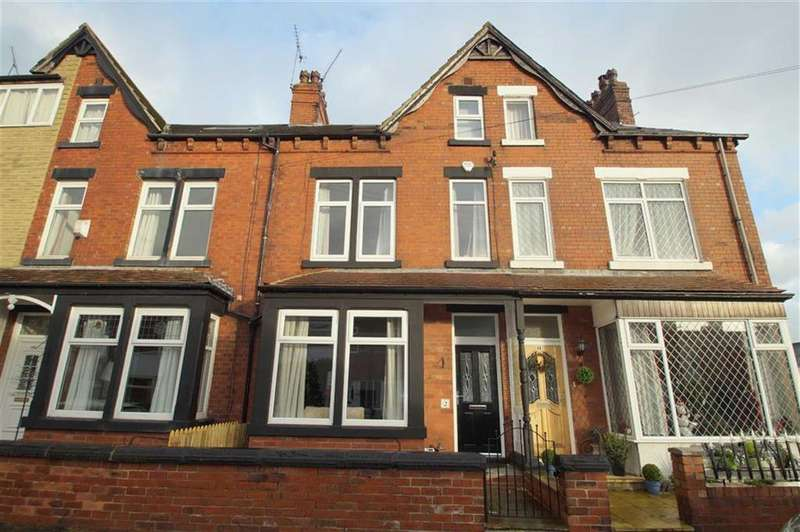 4 Bedrooms Terraced House for sale in Clapham Dene Road, Leeds
