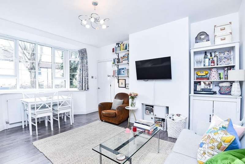 1 Bedroom Flat for sale in Pembroke Road, Muswell Hill