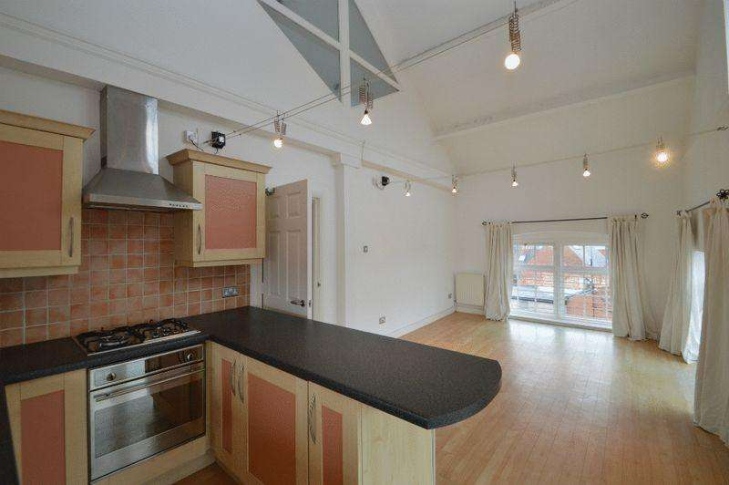 2 Bedrooms Apartment Flat for rent in The Wharf, Newark