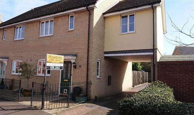 3 Bedrooms Semi Detached House for sale in Gratian Close, Myland, Colchester