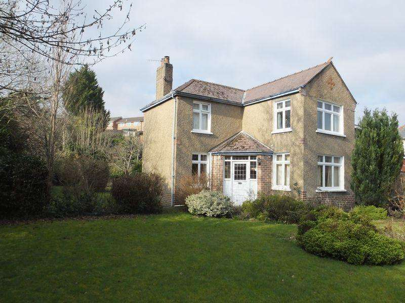 2 Bedrooms Detached House for sale in Crickhowell Road, Abergavenny