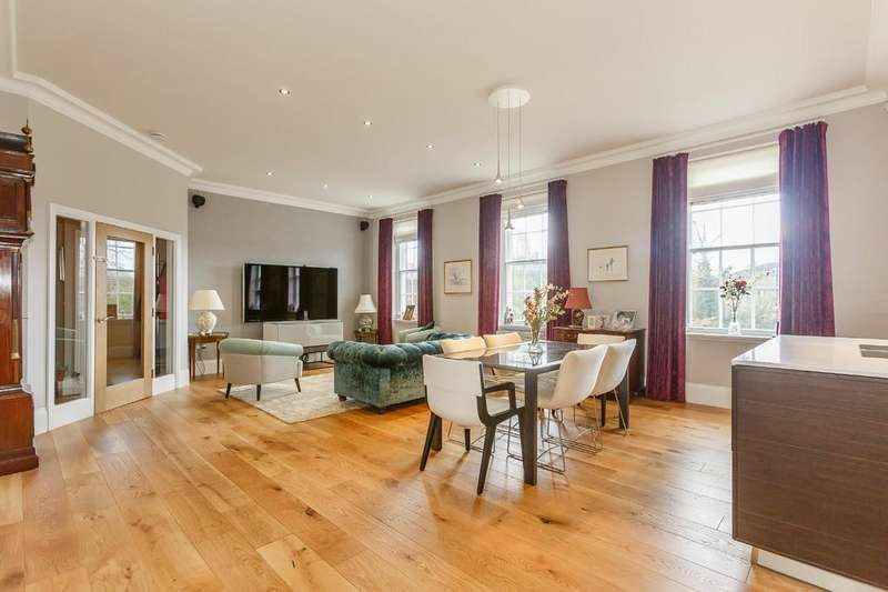 3 Bedrooms Apartment Flat for sale in North Park Road, Harrogate