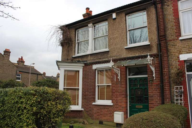 3 Bedrooms Bungalow for rent in Mcleod Road , Abbeywood , SE2 0BS