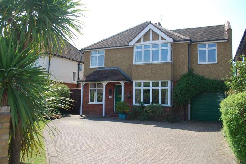 5 Bedrooms Detached House for rent in Fairfax Road, Teddington, TW11