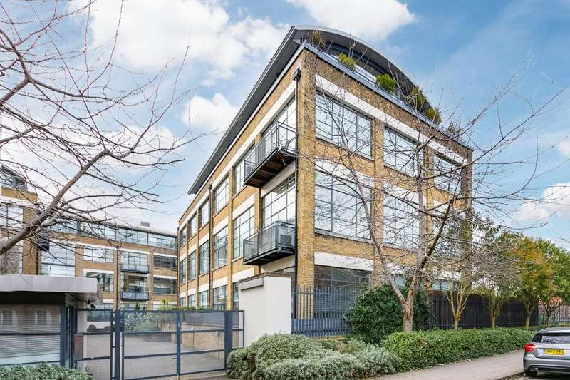 1 Bedroom Flat for sale in Evershed Walk, Chiswick W4