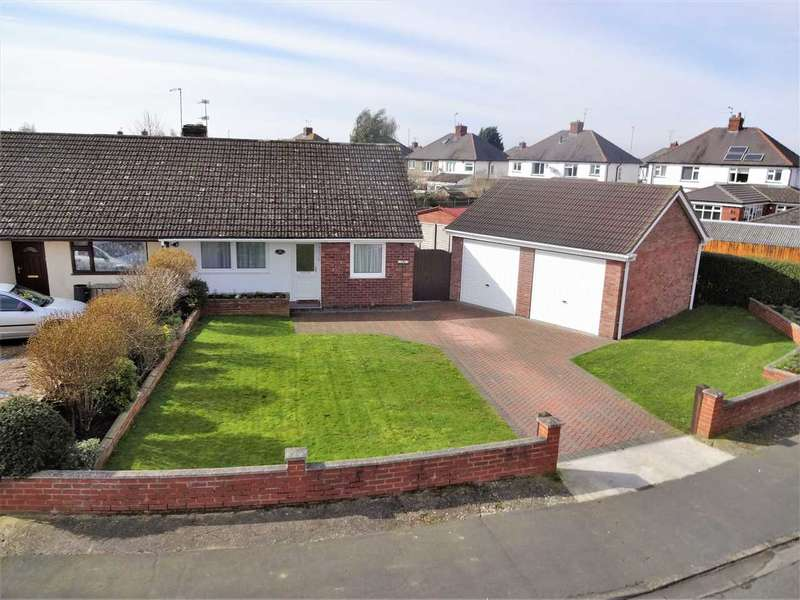 4 Bedrooms Bungalow for sale in Lime Crescent, Waddington, Lincoln