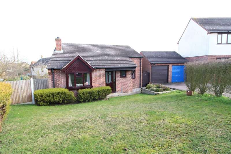 2 Bedrooms Bungalow for sale in Bullfinch Close, Colchester