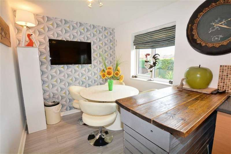 3 Bedrooms Property for sale in Hawthorne Rise, Ackworth, Pontefract, WF7