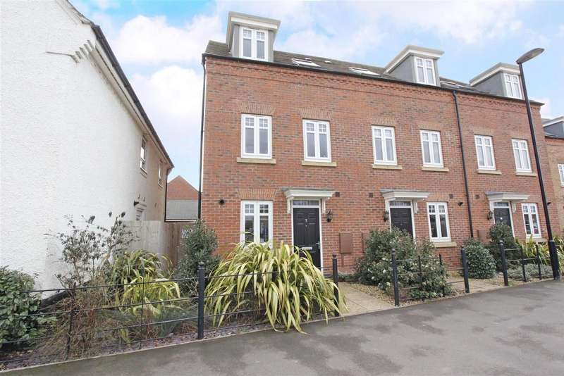 3 Bedrooms Detached House for sale in Haydock Park Drive, Bourne