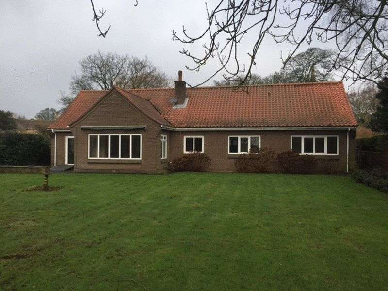 3 Bedrooms Bungalow for rent in Barrowby, Grantham