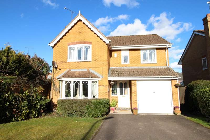 4 Bedrooms Detached House for sale in Glyncastle, Caversham Heights, Reading, RG4