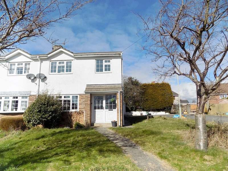 3 Bedrooms Semi Detached House for sale in Bradfield Avenue, Bridgend. CF31 4HL