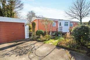 2 Bedrooms Bungalow for sale in Shirkoak Park, Woodchurch, Ashford, Kent
