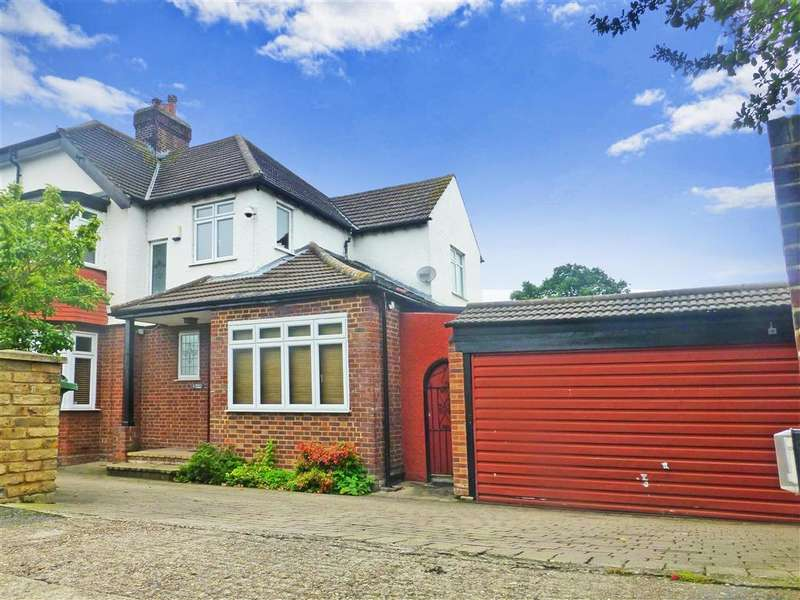 4 Bedrooms Semi Detached House for sale in Henrys Avenue, , Woodford Green, Essex