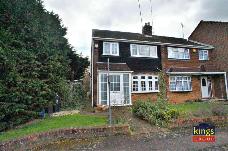 3 Bedrooms House for sale in Stonyshotts, Waltham Abbey- LAND TO THE SIDE