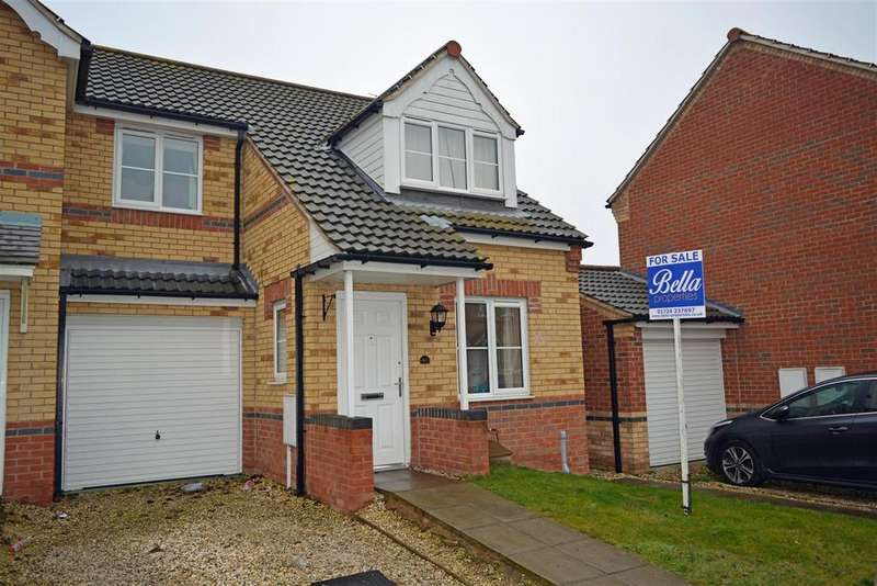 3 Bedrooms Semi Detached House for sale in Connaught Road, Scunthorpe