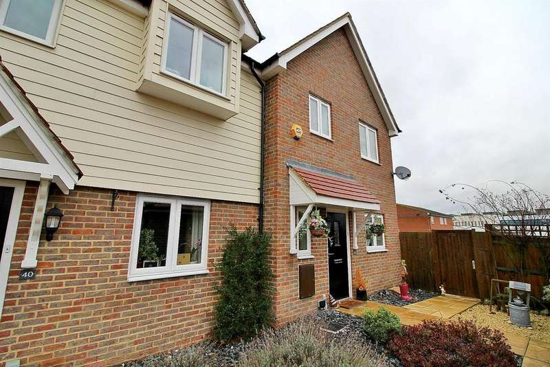 3 Bedrooms Semi Detached House for sale in School Lane, Sawbridgeworth