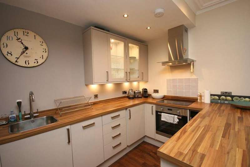 2 Bedrooms Flat for rent in Northumberland Street, Edinburgh