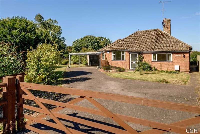 3 Bedrooms Detached Bungalow for sale in Steeds Lane, Kingsnorth, Ashford