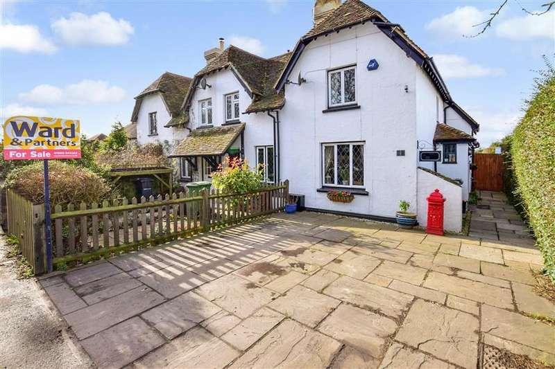 2 Bedrooms Cottage House for sale in The Quarter, Staplehurst, Kent