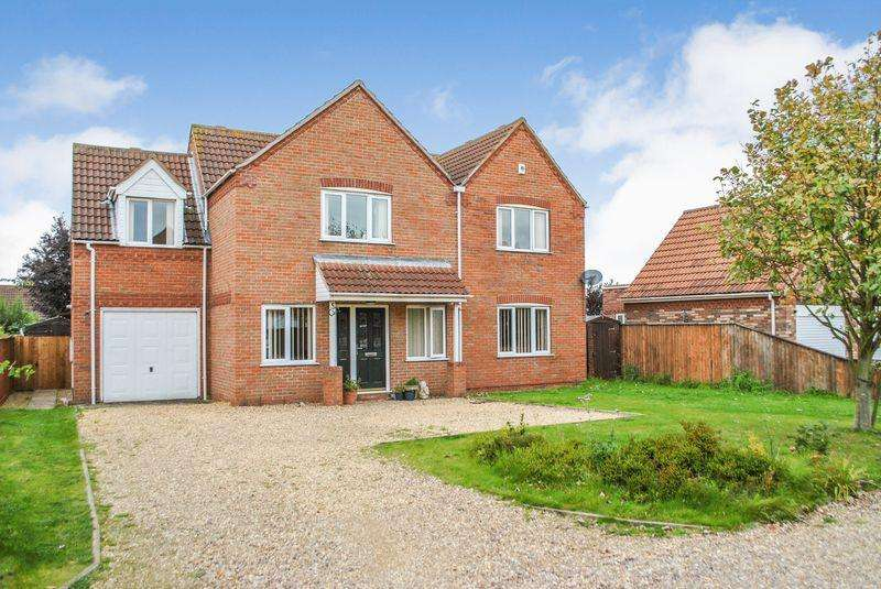 5 Bedrooms Detached House for sale in Captains Beck, Pinchbeck, Spalding