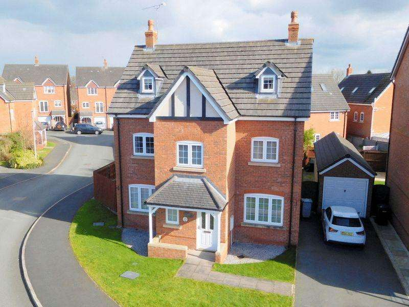 5 Bedrooms Detached House for sale in Williamson Drive, Nantwich