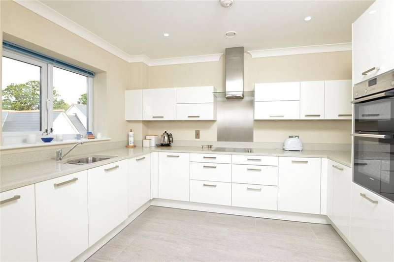 2 Bedrooms Retirement Property for sale in Millbrook Village, Topsham, Exeter, EX2