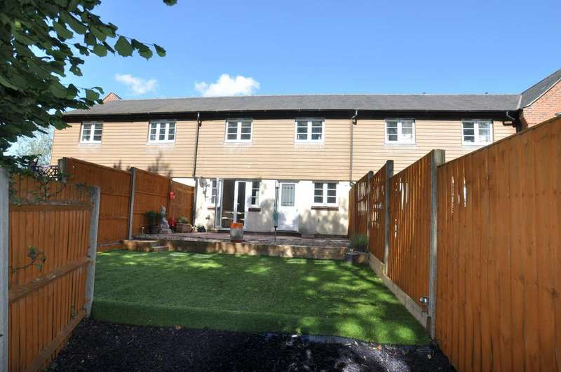 3 Bedrooms House for rent in Cracklewood Close, West Moors, Ferndown