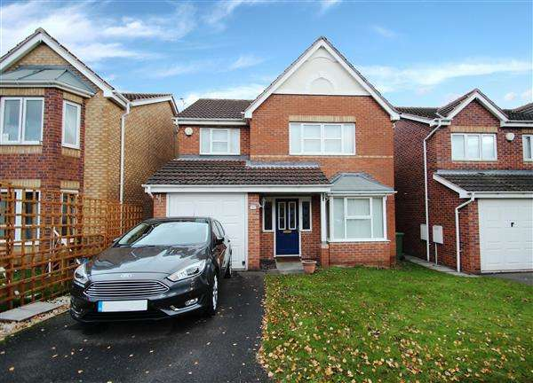 4 Bedrooms Detached House for sale in Northfield Meadows, South Kirkby