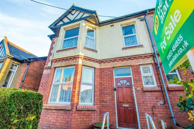 3 Bedrooms Semi Detached House for sale in Blaendare Road, Pontypool