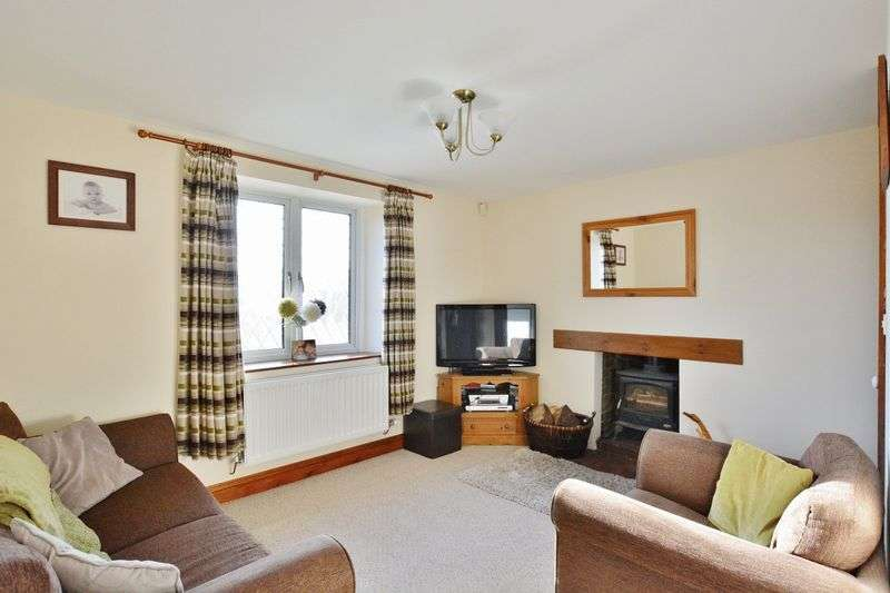 3 Bedrooms Property for sale in High Seaton, Workington