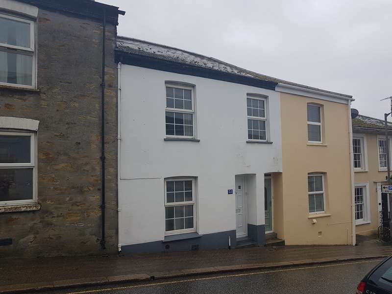 3 Bedrooms Terraced House for rent in Castle Street, Truro TR1